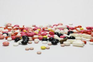 Kunnen bestaande medicijnen Covid-19 vertragen?